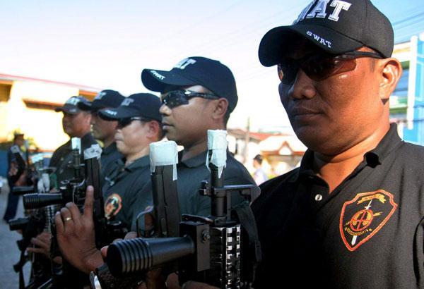 taped-gun-pnp-new-year-411.jpg