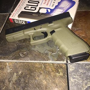 Battlefield Green Glock 22